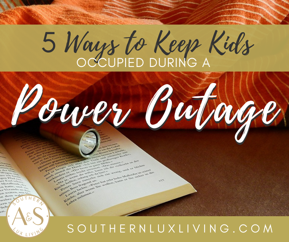 5 Ways to Keep Kids Occupied During a Power Outage